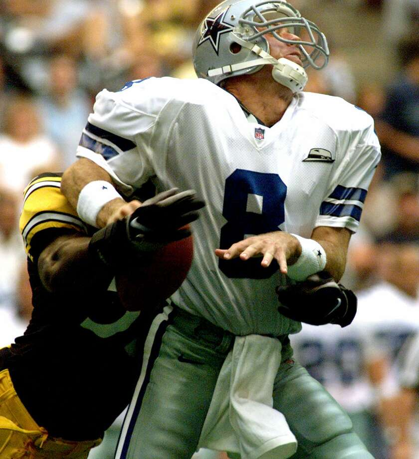 Former Dallas Cowboys quarterback Troy Aikman was forced to retire from professional football after sustaining a number of concussions. Photo: DONNA MCWILLIAM / AP