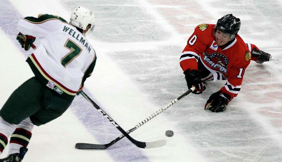 Casey Wellman is departed, but with several high NHL draft picks, the Aeros will look to improve on last season's 35-25-5-11 record. Photo: Melissa Phillip / Houston Chronicle