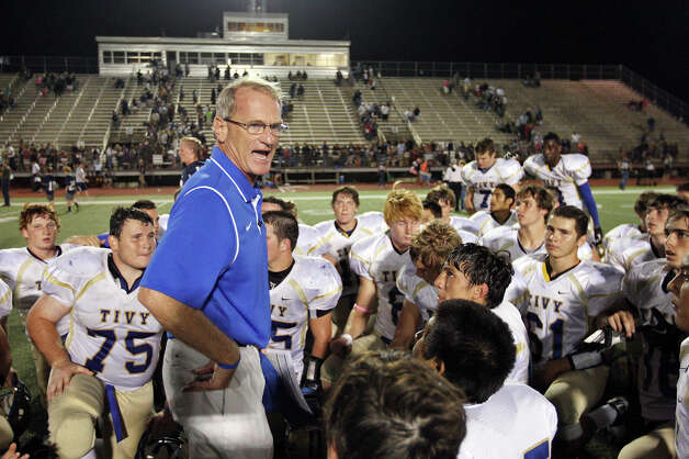 Kerrville Tivy head coach David Jones talks with the team after the game with Boerne Champion Friday Oct. 12, 2012 at Boerne Independent School District Stadium in Boerne, TX.  Kerrville Tivy won 27-14. Photo: Edward A. Ornelas, Express-News / © 2012 San Antonio Express-News