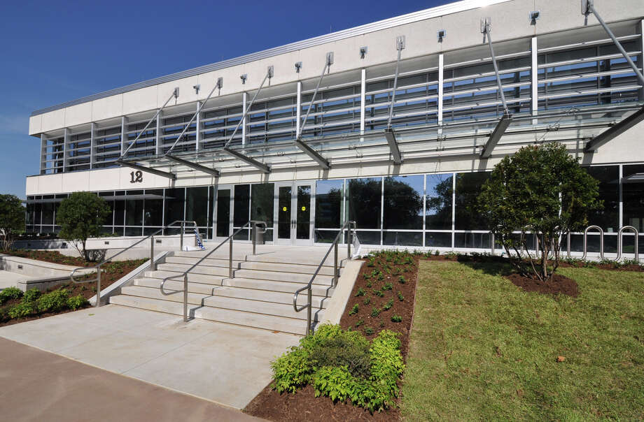 Energy saving features at the recently modernized Building 12 at NASA Johnson Space Center include a 32,000-square-foot vegetative roof. Photo: Courtesy Photo / Satterfield & Pontikes Const.
