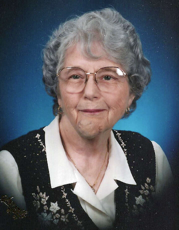 "Mae Louise Oughton Brauer was a secretary and a Methodist Hospital ""Bluebird"" for 30-plus years. Photo: Courtesy Photo / COURTESY OF THE FUNERAL HOME"