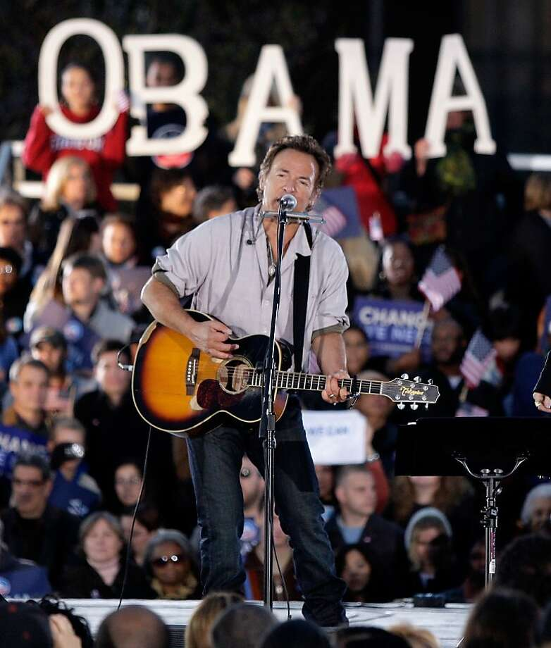 Bruce Springsteen performs at a 2008 campaign rally for Barack Obama in Cleveland. Photo: Amy Sancetta, Associated Press