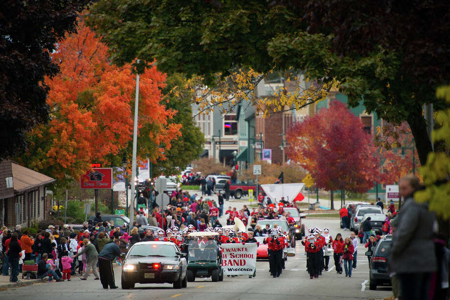 The Pewaukee high school band leads the annual homecoming parade through the streets of Pewaukee,Wis., hometown of Houston Texans defensive end J.J. Watt Photo: Smiley N. Pool, Houston Chronicle / © 2012  Houston Chronicle