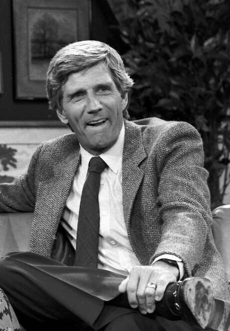 """FILE - This Aug. 1982 file photo shows Gary Collins. Gary Collins, an actor, television show host and former master of ceremonies for the Miss America Pageant, died Saturday, Oct. 13, 2012 in Biloxi, Miss. He was 74. During the 1980s, Collins hosted the Miss America pageant and the television shows """"Hour Magazine"""" ? for which he won a Daytime Emmy in 1983 ? and """"The Home Show."""" (AP Photo/File) / AP"""