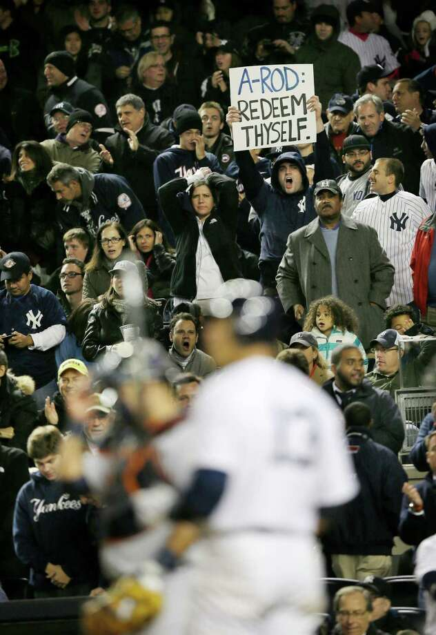 New York fans jeer Yankees third baseman Alex Rodriguez, who hasn't homered in his last 87 at-bats and was benched multiple times in the ALDS. Photo: Matt Slocum / AP