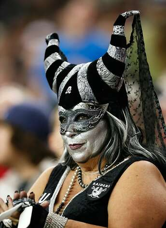 ATLANTA, GA - OCTOBER 14:  An Oakland Raiders fan watches the game against the Atlanta Falcons at Georgia Dome on October 14, 2012 in Atlanta, Georgia.  (Photo by Kevin C. Cox/Getty Images) Photo: Kevin C. Cox, Getty Images