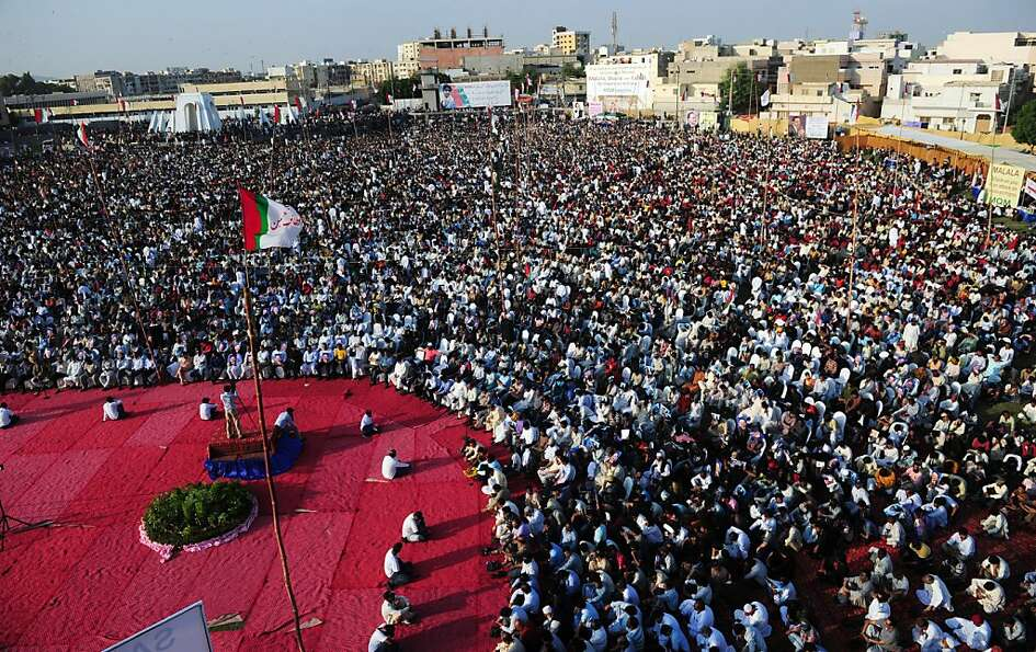 Tens of thousands gather in Karachi to protest the Taliban attempt to assassinate Malala Yousufzai,