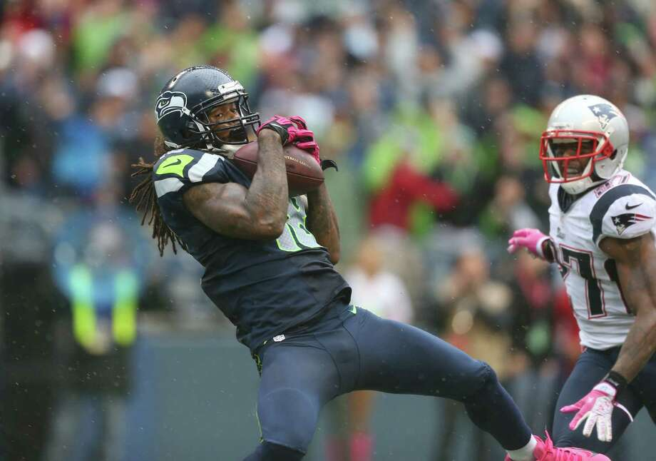 Seahawks receiver Sidney Rice gets behind the Patriots' secondary on the go-ahead touchdown reception covering 46 yards with 1:18 remaining. Photo: Otto Greule Jr / 2012 Getty Images