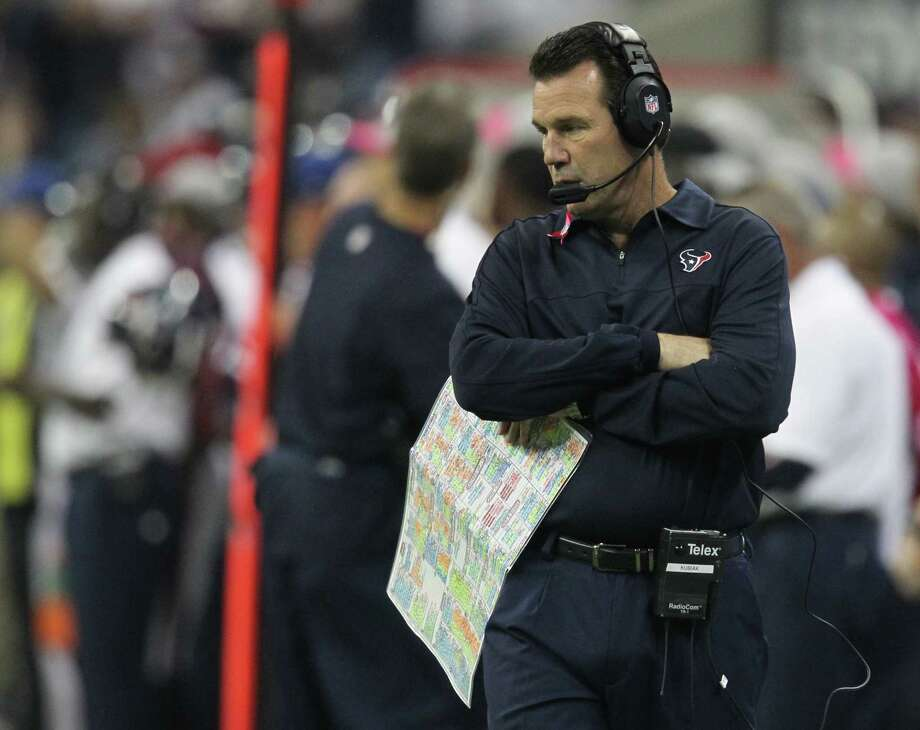 Houston Texans head coach Gary Kubiak paces the sidelines during the first quarter against the Green Bay Packers at Reliant Stadium on Sunday, Oct. 14, 2012, in Houston. Photo: Karen Warren, Houston Chronicle / © 2012  Houston Chronicle