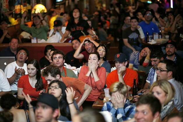 Yancy's Saloon in the Inner Sunset was packed with anxious Giants fans watching their team's Game 1 loss. Photo: Beck Diefenbach, Special To The Chronicle