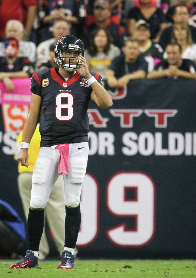 Texans quarterback Matt Schaub looks up a the scoreboard during the first quarter. Photo: Karen Warren, Houston Chronicle / © 2012  Houston Chronicle