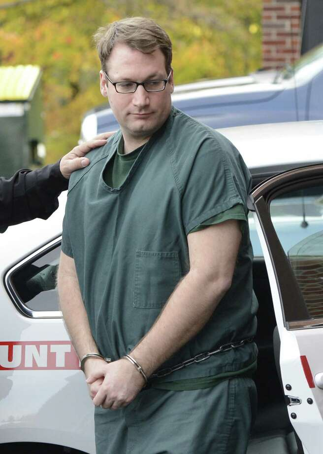 Brent Dickinson, who in March made online threats to kill schoolchildren and the President, arrives at the Saratoga County Courthouse in Ballston Spa, N.Y. October 15, 2012 (Skip Dickstein/Times Union) Photo: SKIP DICKSTEIN / 10019654A