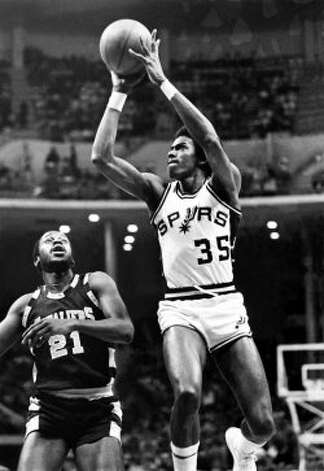 Spurs player Larry Kenon puts up a shot circa 1970's in San Antonio. (Photo by Steve Cambell/NBAE via Getty Images)
