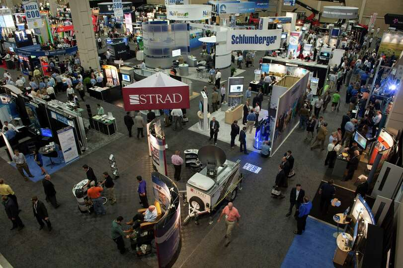 Attendees view the various exhibits at the DUG Eagle Ford Conference & Exhibition in San Antonio, Te