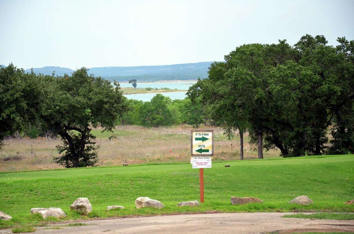 Canyon Lake Golf Club is nestled along the shores of Canyon Lake.