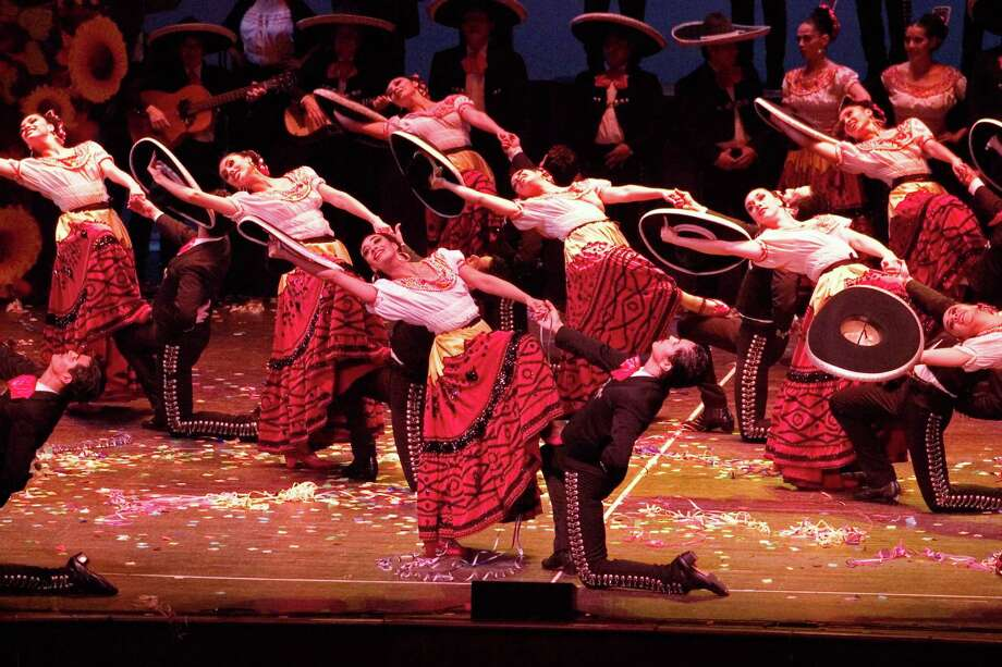 Ballet Folklorico de Mexico de Amalia Hernandez returns to San Antonio this weekend as part of its 60th anniversary tour. Courtesy Robert Shomler
