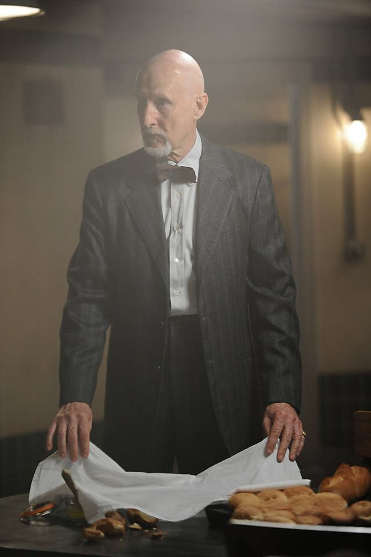 AMERICAN HORROR STORY Tricks and Treats -- Episode 202, Wednesday, October 24, 10:00 pm e/p) -- Pictured: James Cromwell as Dr. Arden -- CR: Michael Becker/FX