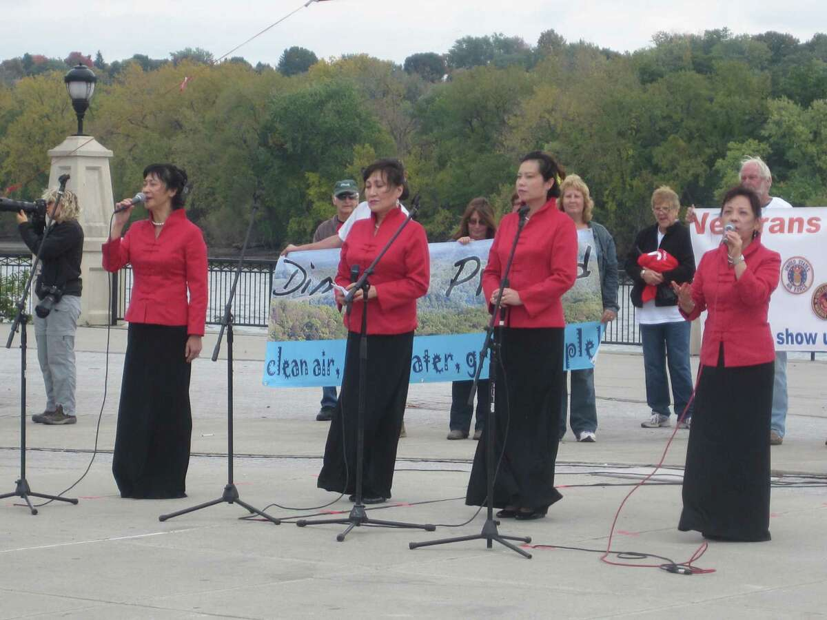 Members of the Long Island Chinese Choir sang