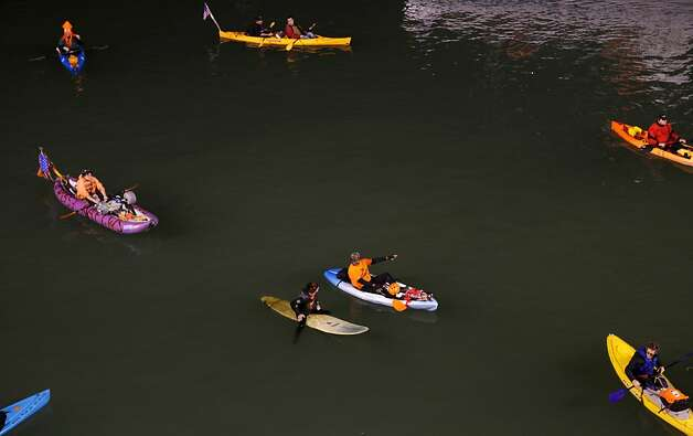 Fans float in McCovey Cove during Game 2 of the NLCS between the San Francisco Giants and the St. Louis Cardinals at AT&T Park Monday, October 15, 2012 in San Francisco, Calif. Photo: Pete Kiehart, The Chronicle
