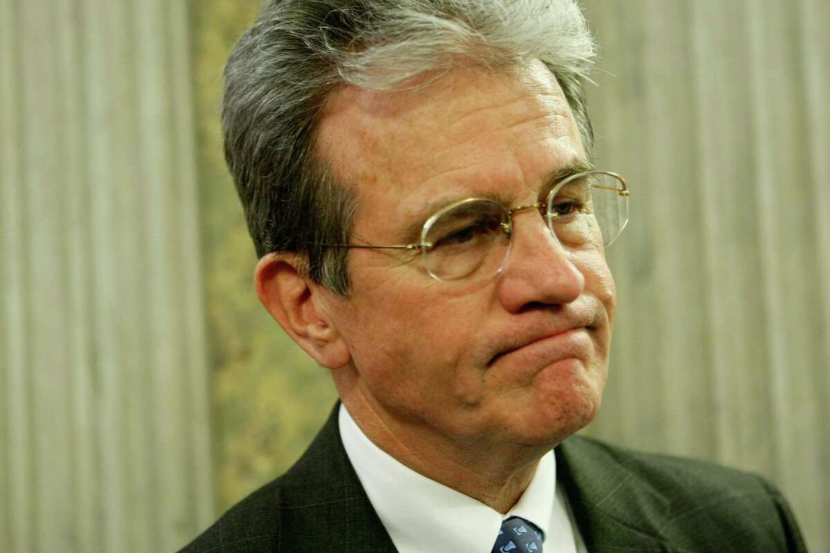 U.S. Sen. Tom Coburn (R-OK) says money NASA's spending on recipes for Martian pizza may be lost in a black hole. (Photo by Alex Wong/Getty Images)