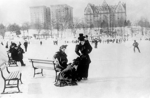 In fact, outdoor skating at Central Park goes way back. Above, women and men ice skate in the park in 1893. Photo: ASSOCIATED PRESS / AP1893