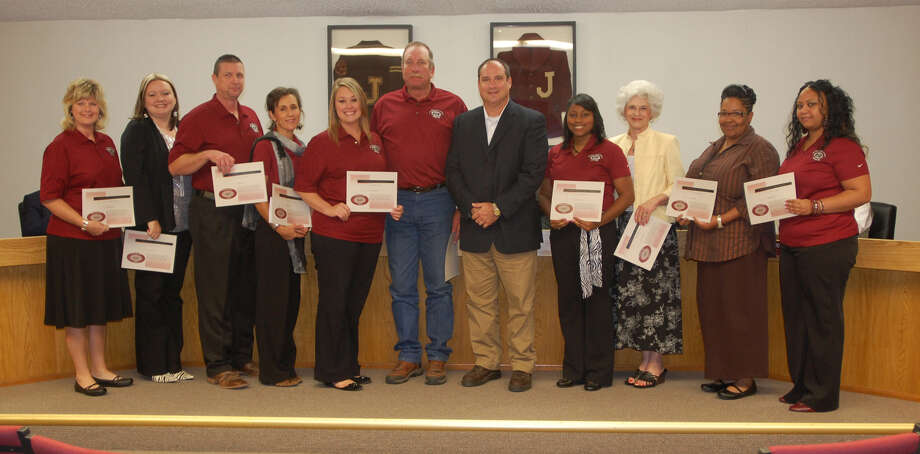 212 Award recipients for the month of September: Joshelyn Strother (Parnell), Kristin Dimitry (Few), Jessica Bourgeois (Parnell), Steve Sherrouse (JH), Stacey Woolems (DOI), Ronnie Bryan (Maint), Tenisha Wright (Rowe), Mary Buggs (Few), Rachel Alvis (JH), Mary Hamilton (HS) Photo: Jimmy Galvan