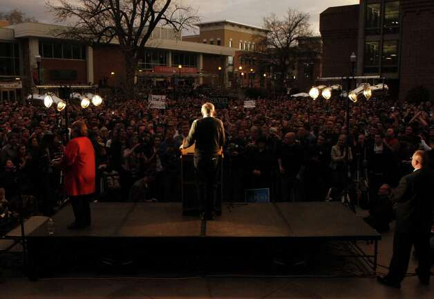 Ron Paul speaks at the university in Chico, Calif. Tuesday, April 3, 2012. Photo: Frank Rebelo, Associated Press / The Orion 2012