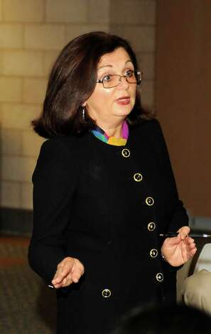 Anne Marie Sabath speaks at a business etiquette dinner that was held at Western Connecticut State University on Tuesday October 9, 2012. Photo: Lisa Weir / The News-Times Freelance