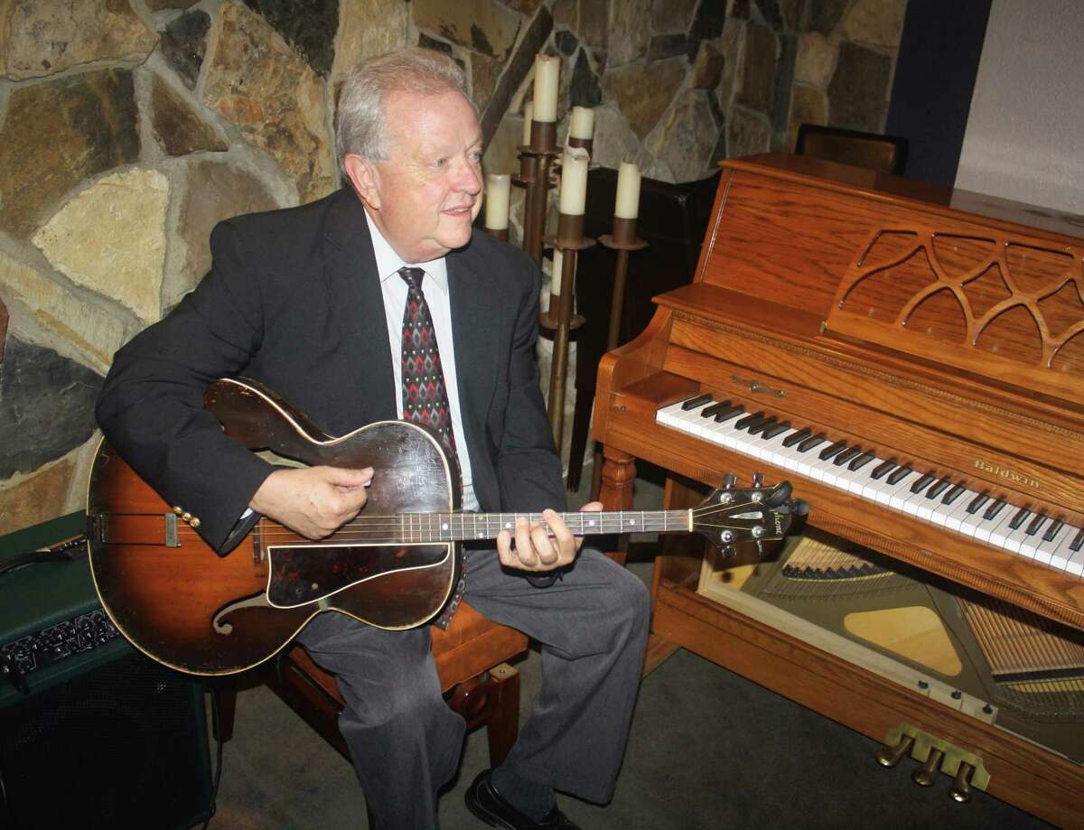 Howard Elkins has played tenor banjo and tenor guitar with the Jim Cullum Jazz Band for 34 years.