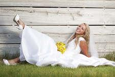 Want an outdoor wedding? No problem if you plan ahead. (Photo: © iStockphoto.com/Cindy Singleton)
