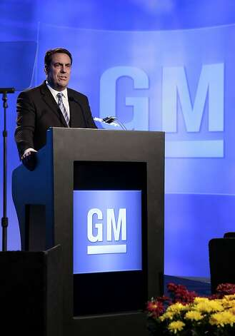 Mark Reuss, president of GM, announced plans for the Cadillac hybrid at a Detroit conference. Photo: Jeff Kowalsky, Bloomberg