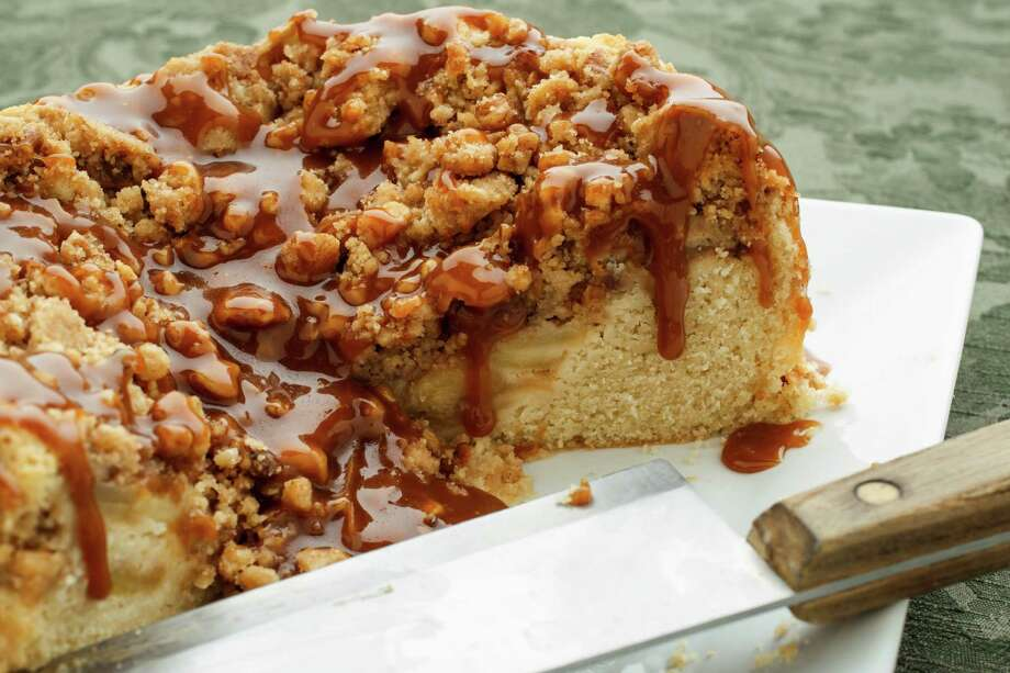 Apple caramel coffee cake, photographed in the Houston Chronicle Photo Studio, Tuesday, Oct. 9, 2012, in Houston. ( Michael Paulsen / Houston Chronicle ) Photo: Michael Paulsen / © 2012 Houston Chronicle
