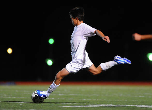 Fairfield Ludlowe's #16 Manuel Barral-Arteta, during boys soccer action against Staples in Fairfield, Conn. on Tuesday October 16, 2012. Photo: Christian Abraham / Connecticut Post