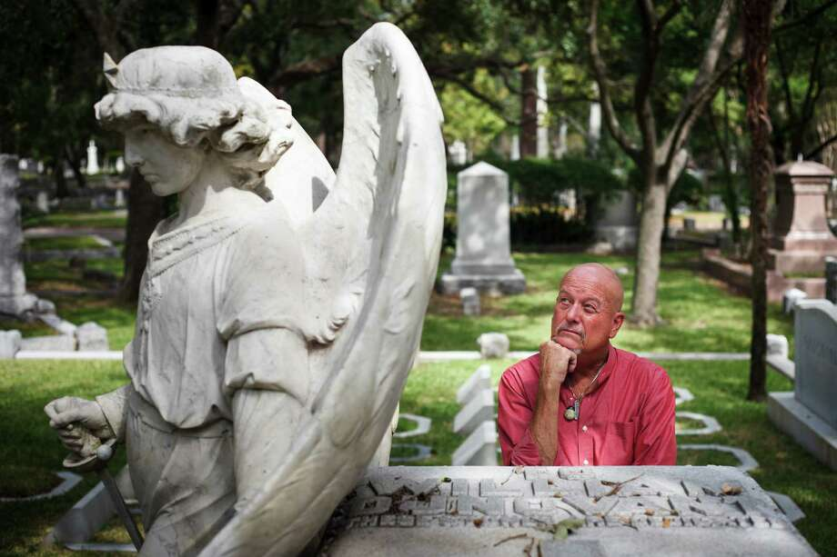 Tour the final resting places of some of the city's legends including George Herman and Howard Hughes at the haunted(?) Glenwood Cemetery. Photo: Michael Paulsen / © 2012 Houston Chronicle