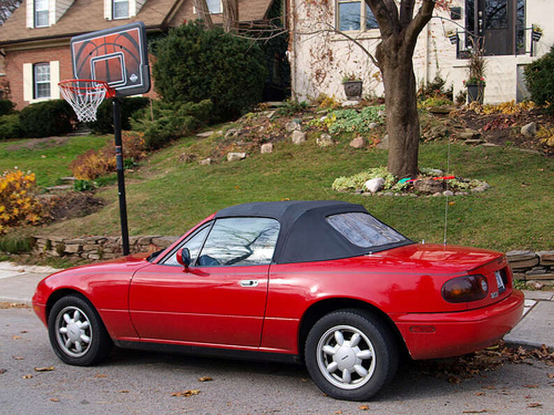 28. 1990 Mazda Miata MX-5: This is the best-selling sports car in history – su
