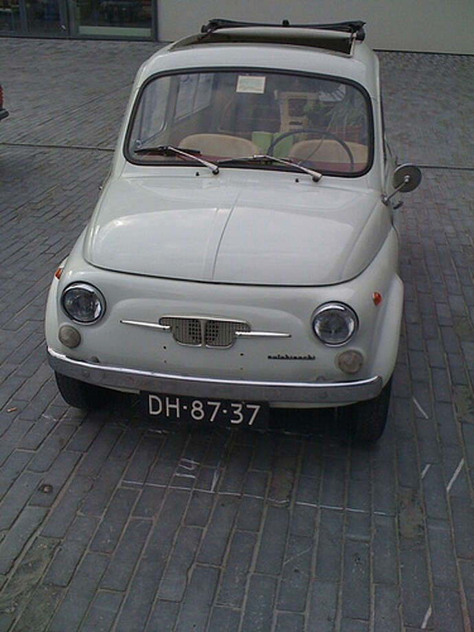 25. 1957 Fiat 500: The Fiat 500 made a name for small performance cars. It was also made a name for itself on the race track. (Photo: Moqub, Flickr) Photo: .