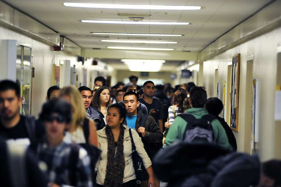 "Students pack the halls at San Francisco State University. ""I'm paying more for a poorer quality of education and fewer classes,"" biology major Sadaf Malik told USA Today. Photo: Michael Short, Special To The Chronicle"