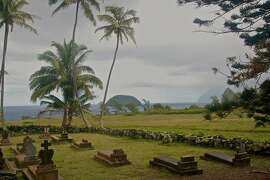 Although the cemetery next to St. Philomena church holds a number of tombstones, fewer than 1,000 of the 8,000 patients who died at Kalaupapa have marked graves. A memorial that will include as many of the previous residents' names as possible is still in the planning stages, after a Senate bill to create one was approved by President Obama in 2009.