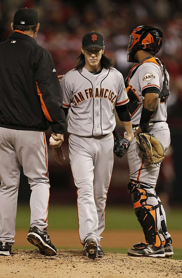 Tim Lincecum is lifted from his start in Game 4 after just 42/3 innings; his redemption would come later in the playoffs. Photo: Michael Macor, The Chronicle