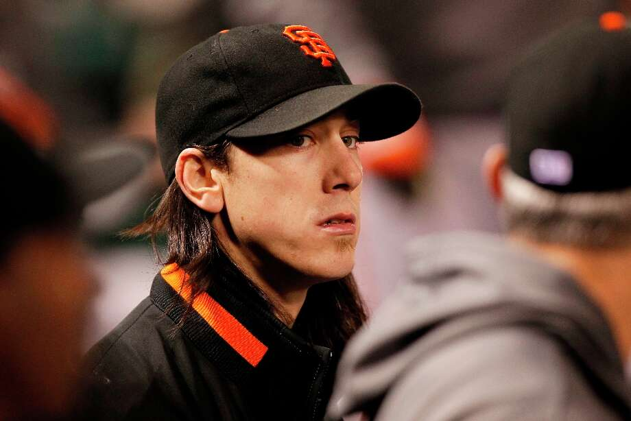 Giants' starting pitcher Tim Lincecum taken out after five and two third innings, as the San Francisco Giants take on the St. Louis Cardinals in game four of the National League Championship Series, on Thursday Oct. 18, 2012 at Busch Stadium , in  St. Louis, Mo. Photo: Michael Macor, The Chronicle / ONLINE_YES