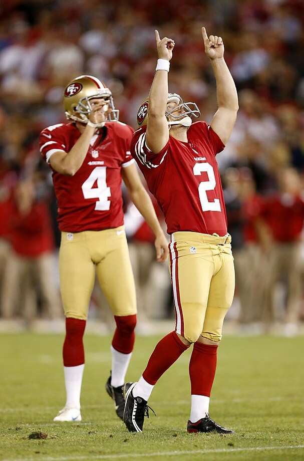 49ers kicker David Akers celebrates his 28-yard field goal that made it 13-6 in the fourth quarter. Photo: Beck Diefenbach, Special To The Chronicle