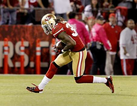 Dashon Goldson intercepted a Russell Wilson pass in the fourth quarter. The San Francisco 49ers beat the Seattle Seahawks 13-6 in San Francisco, Calif at Candlestick Park. Photo: Brant Ward, The Chronicle