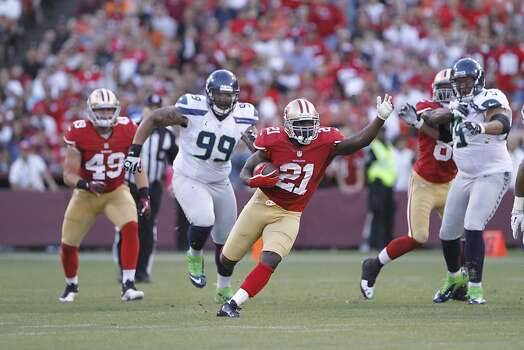Running back Frank Gore (21) during the first quarter of the San Francisco 49ers game against the Seattle Seahawks at Candlestick Park in San Francisco, Calif., on Thursday October 18, 2012. Photo: Sean Culligan, Special To The Chronicle