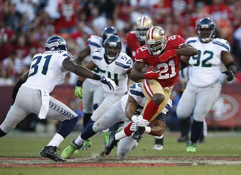 The 49ers' offense got back to basics, which meant turning to Frank Gore and the running game. Photo: Beck Diefenbach, Special To The Chronicle