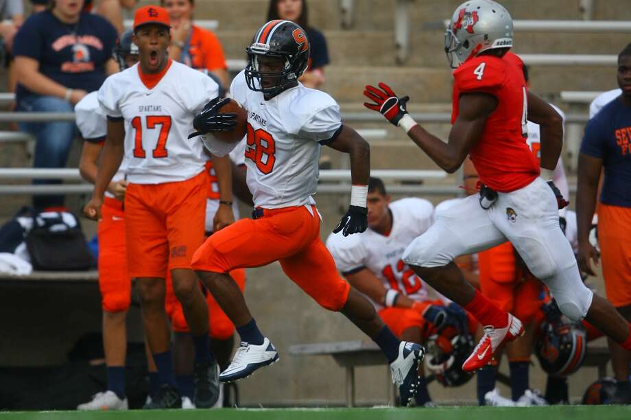 Seven Lakes running back Braeden West is shining in a starting role for the Spartans this season. Photo: Matthew White / Freelance