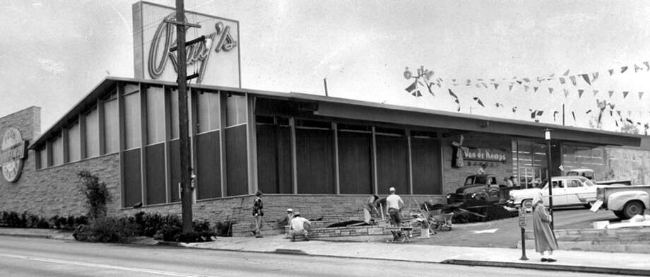 This picture was taken in May 1955, shortly before the opening of Ray's Thriftway. Photo: Seattlepi.com File/MOHAI