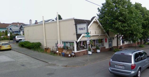The same building in June 2008. Photo: Google Street View