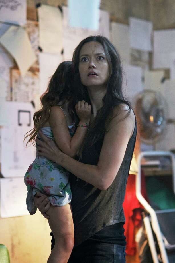 Summer Glau loves playing a mom on 'Alphas'; stars in Photo: Syfy