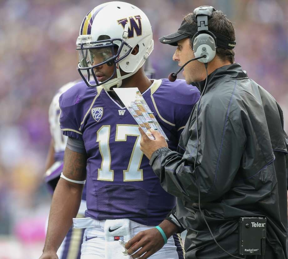 Five things the UW needs to do to beat ArizonaThe Washington Huskies emerge from their buzz saw of a first-half schedule still alive. After six games, the Huskies have a 3-3 record, a surprisingly good defense and an underwhelming offense, but things from here on out aren't going to be as easy as everyone may have thought. The UW's next opponent, Arizona, is undergoing an offensive resurrection under first-year head coach Rich Rodriguez and is fourth in the nation in total offense.Here are five things the Huskies have to do to tame the Wildcats in the desert Saturday. Kickoff is scheduled for 7 p.m. Pacific time. The game will be broadcast on the Pac-12 Network (TV) and 950 AM KJR (radio). Photo: Otto Greule Jr, Getty Images / 2012 Getty Images