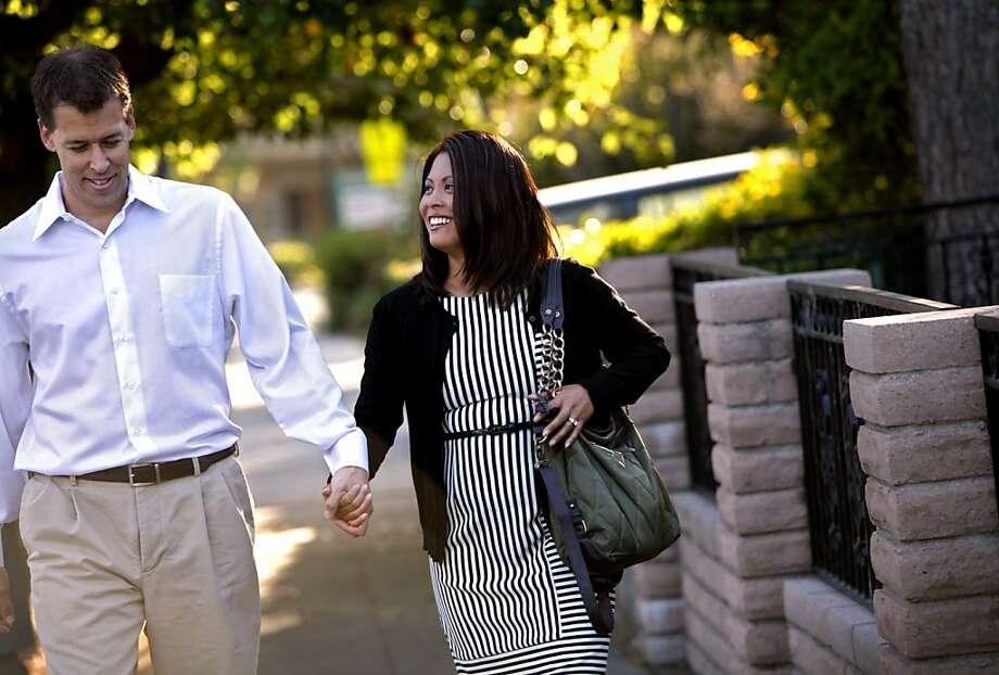 Steve Kowalski and Jennifer Benito-Kowalski of San Carlos unsuccessfully tried many kinds of infertility treatments. Photo: Sarah Rice, Special To The Chronicle